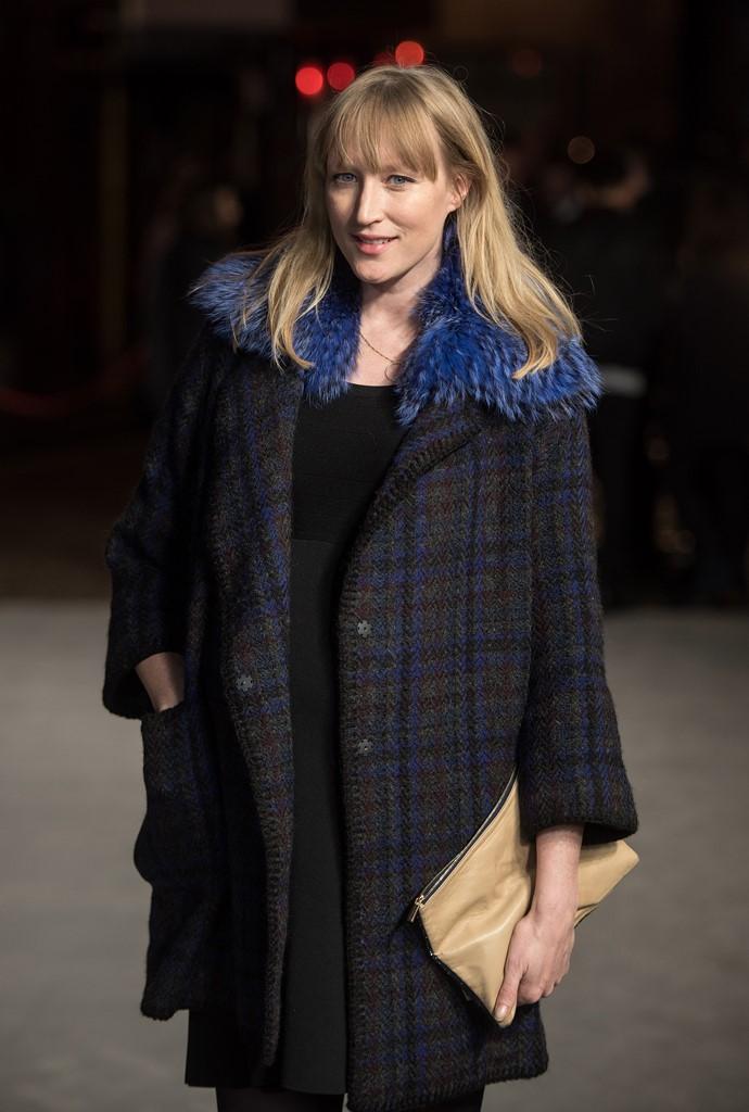 зимнее пальто с меховым воротником модные тенденции 2016