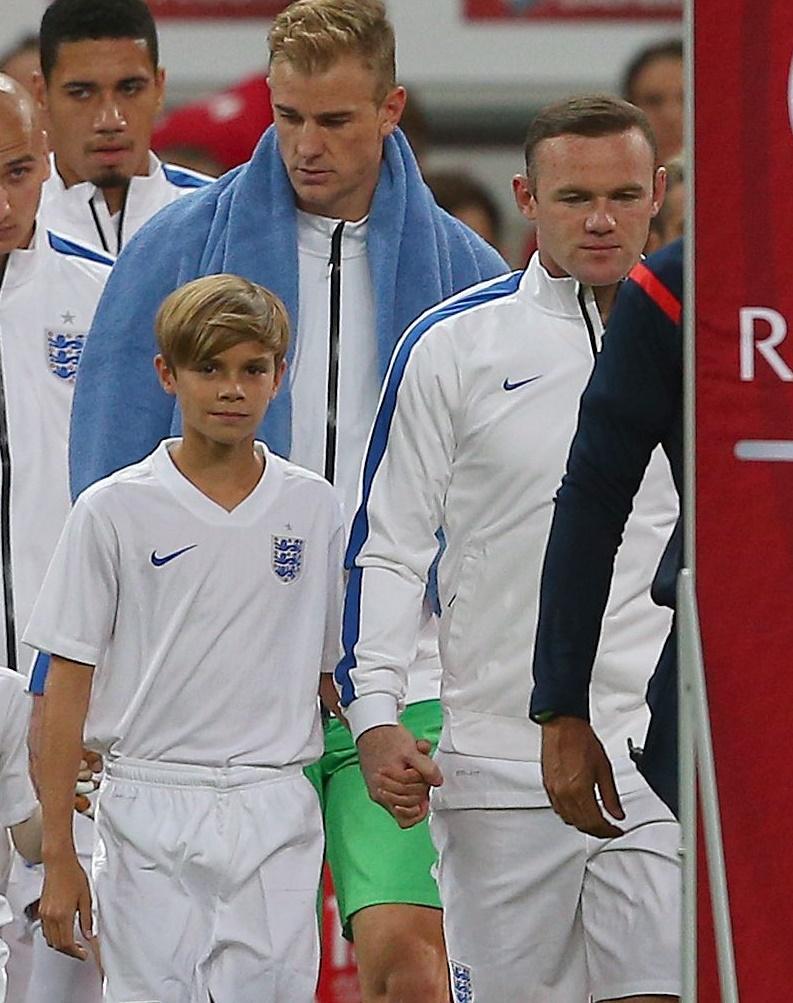 Ромео Бекхэм стал талисманом сборной Англии по футболу