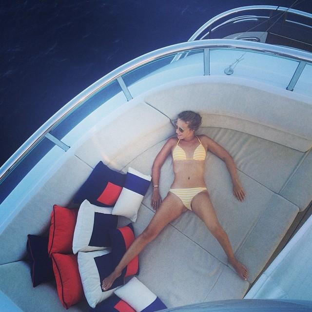 Ксения Собчак в бикини фото
