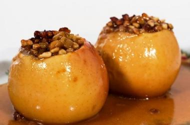 Запеченые яблоки с изюмом и орехами на Святой вечер Святвечер Сочельник Рождество 2015 рецепт с фото
