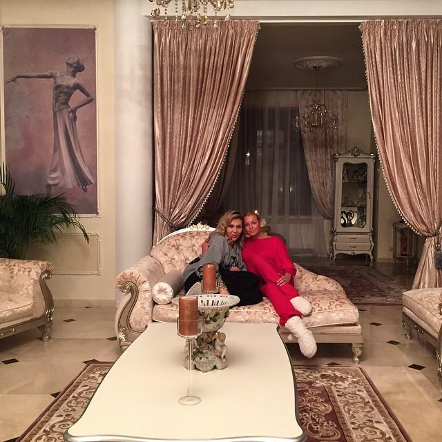 Дома и квартиры российских звезд фото время съёмок