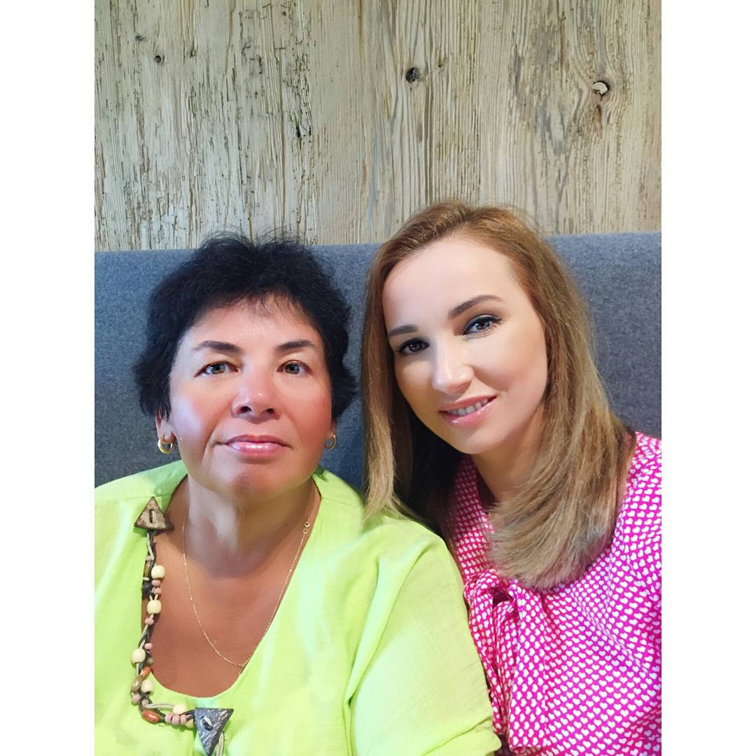 Анфиса Чехова instagram.com/achekhova