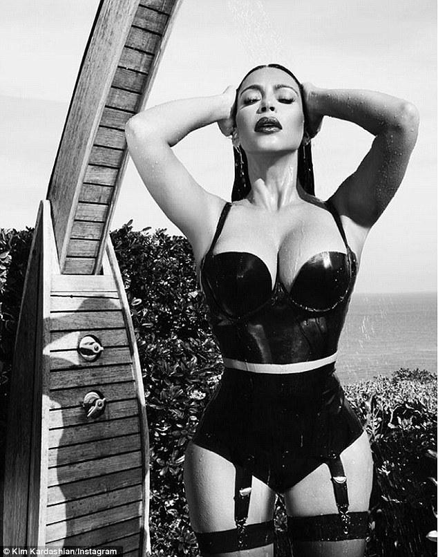 Ким Кардашьян откровенные фото
