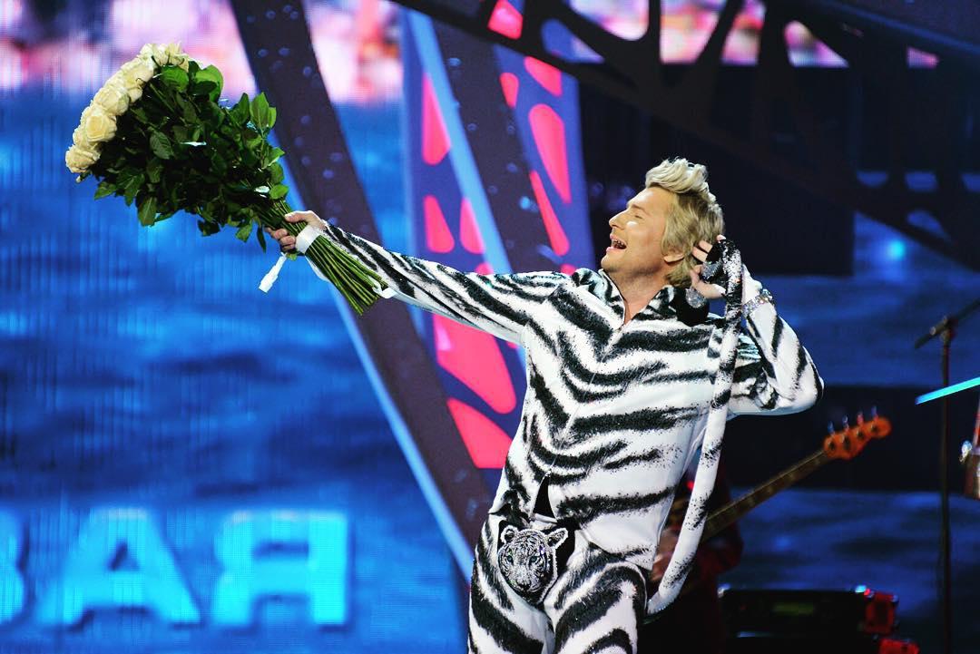 "Николай Басков удивил ""Новую волну 2015"" своим нарядом - Фото, Видео"