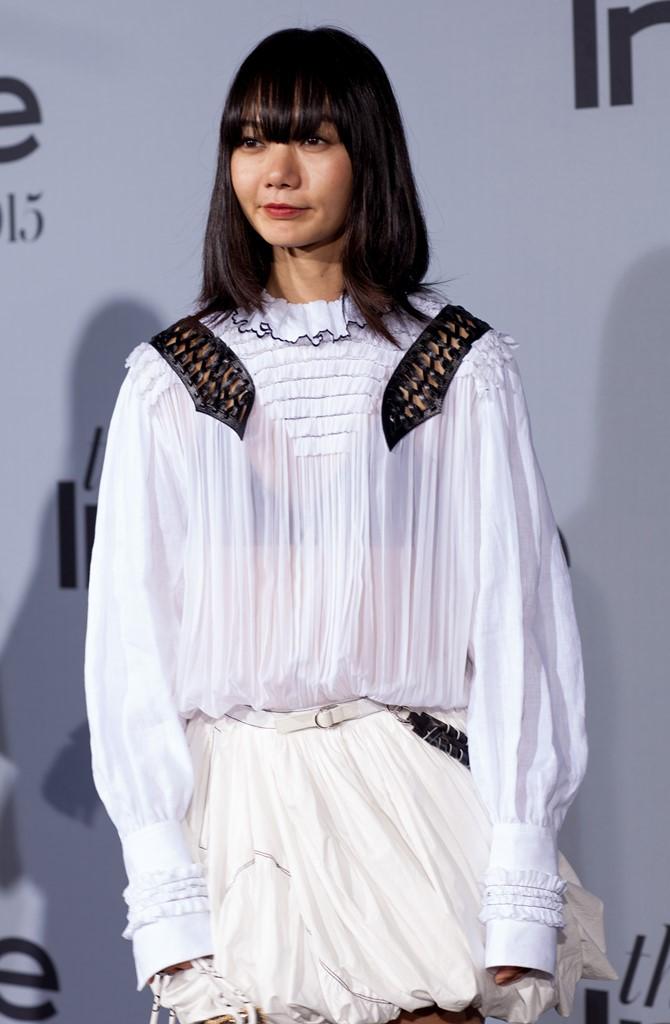 мода осень 2015 белое вечернее платье